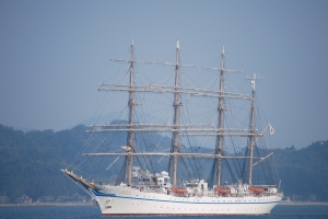 Nippon Maru arriving in Saiki Harbor